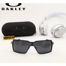 Мужские брендовые солнцезащитные очки Oakley (004041)