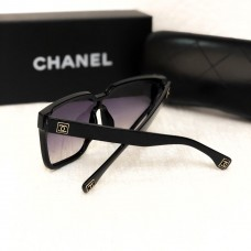 Жіночі брендові окуляри від сонця (4253) black