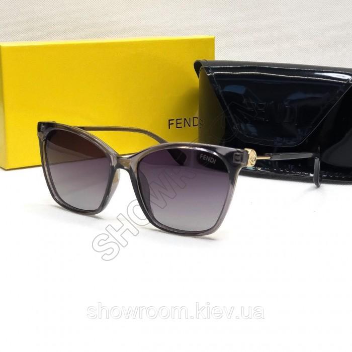 Женские брендовые солнцезащитные очки Fendi (8203) grey